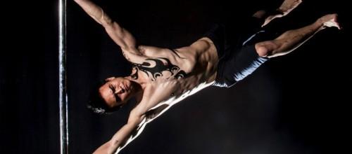 8 beneficios de pole fitness para los hombres